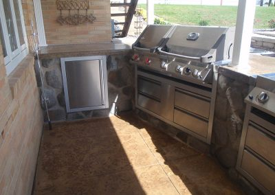 Knob Hill Landscape Company Grill Stations